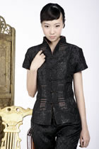 Short-sleeve Embossed Embroidery Mandarin Blouse (Black)